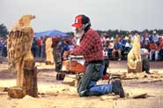 Local folk culture flourishes at Woodsmen's festivals.